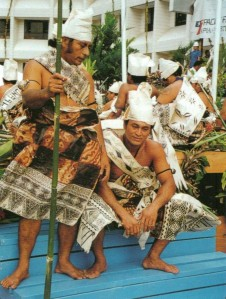 """Dancers from Futuna at the 1996 Festival of Pacific Arts, Apia Western Samoa.  The dress of these dancers consists entirely of newly made tapa, from the white turban to the lafe bandolier and the tepi skirt (p.64, Pacific Tapa, R. Neich & M. Pendergrast)."